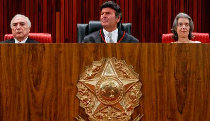 Michel-Temer. la presidenta del Tribunal-Supremo,-Carmen-Lucía y Luiz Fox. Foto: -Beto-Barata-PR