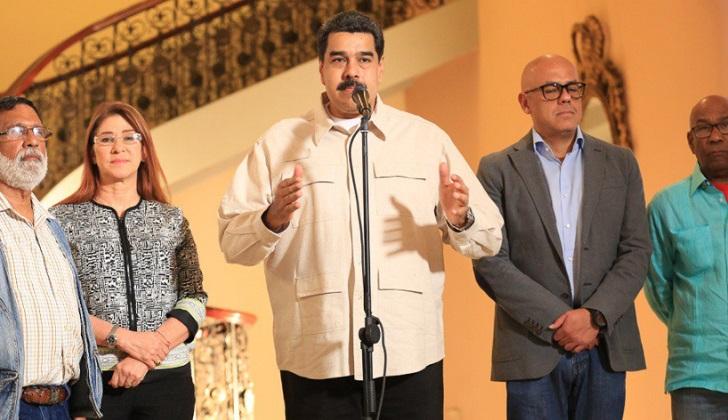 """Maduro a la MUD: """"Si no van para las elecciones ¿para dónde van?, ¿para la guarimba?, ¿golpe de Estado? """"."""