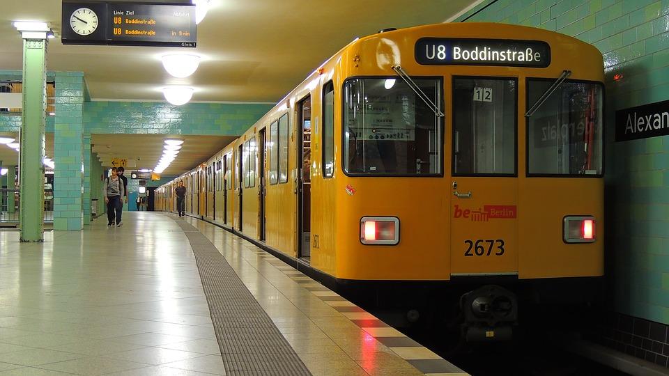 alexanderplatz-2662043_960_720.jpg