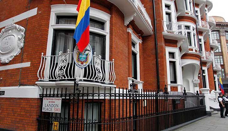 Ecuador ratifica protección internacional para Julian Assange.