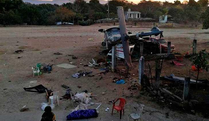 Al menos 13 muertos tras estrellarse un helicóptero que evaluaba los daños del terremoto en México. Foto: La Jornada