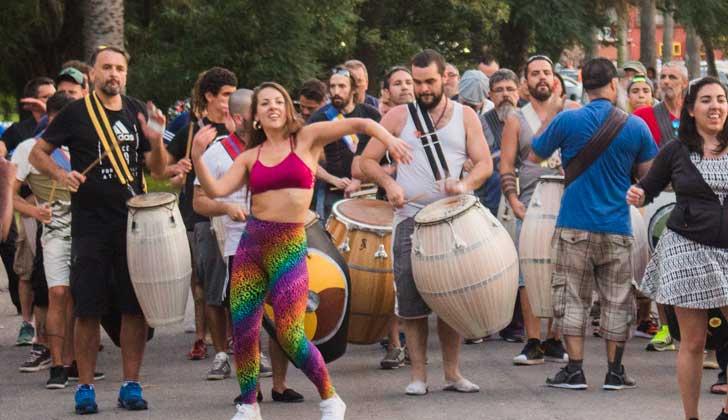 """""""La Peregrina"""", la comparsa sueca abrirá el segundo día del Desfile de Llamadas."""