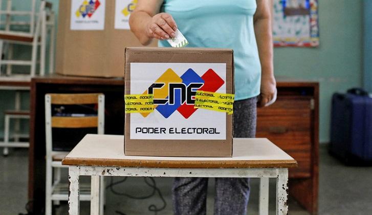 Venezuela cambia la fecha de las elecciones para mayo.