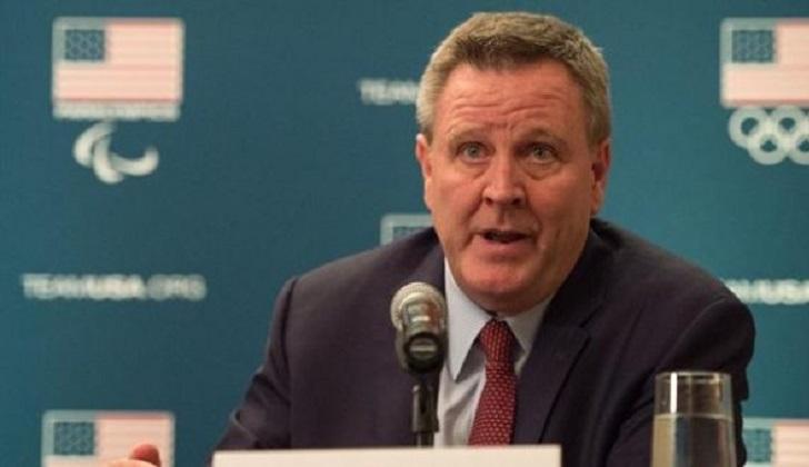 El presidente del Comité Olímpico de EE.UU. renuncia tras el escándalo del acoso sexual de gimnastas.