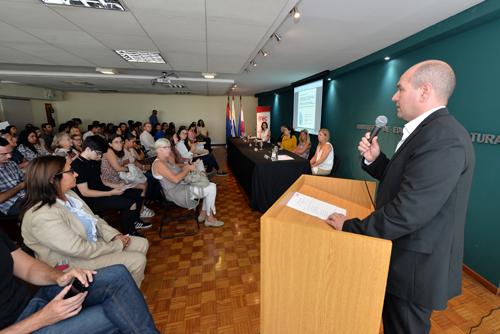 El director de Cooperación Interacional y Proyectos, Nicolás Pons realizó la apertura