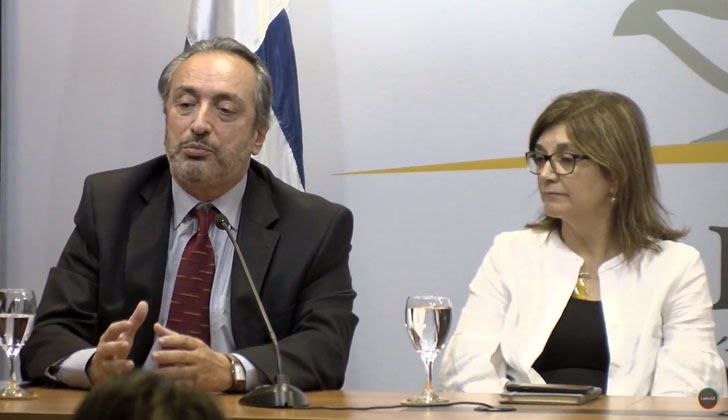Coordinador de la Tecnicatura de Gestión Pública de ENAP y Servicio Civil, Jorge Papadópulos, y la directora nacional de Educación, Rosita Inés Ángelo.