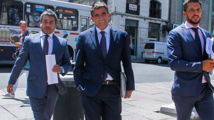 http://www.lr21.com.uy/wp-content/uploads/2018/03/raul-sendic-vicepresidente-uruguay-frente-amplio.jpg