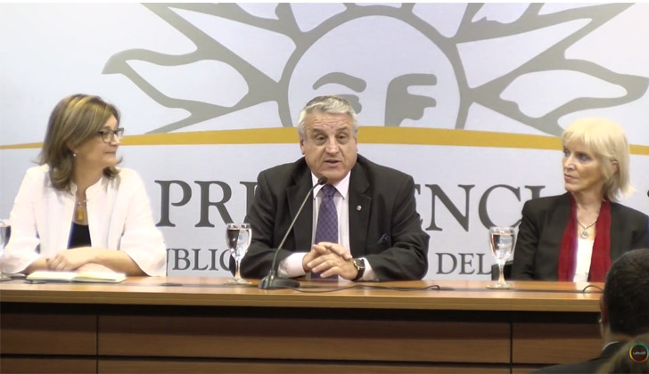 Director de la Oficina Nacional de Servicio Civil, Alberto Scavarelli.