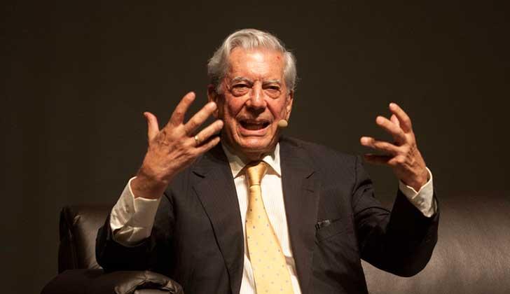 """Para Vargas Llosa el feminismo es """"el más resuelto enemigo de la literatura""""."""
