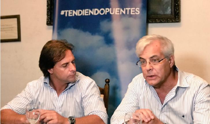 """Gonzalo Mujica: """"Entre izquierda y derecha hay centímetros de diferencia"""". Foto: @TdosoUy"""