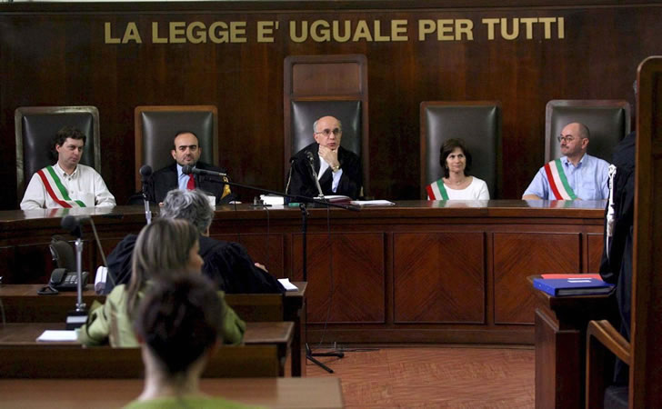 """Résultat de recherche d'images pour """"juicio en roma lan condor"""""""