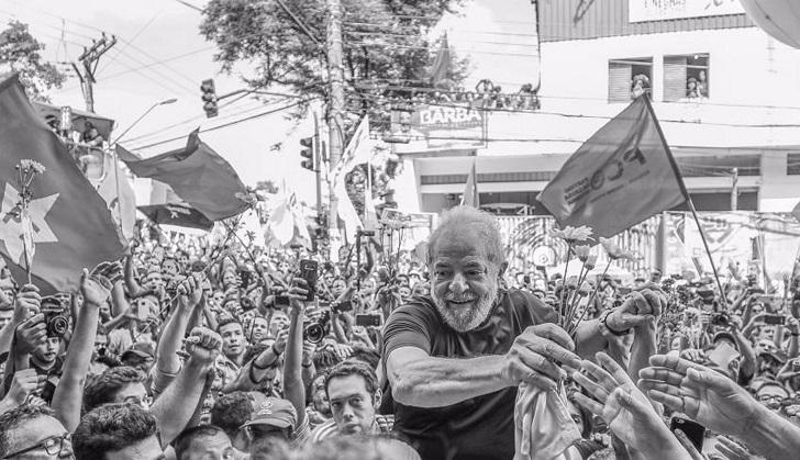 Lula envió una carta a los militantes que acampan frente a la prisión en Curitiba.