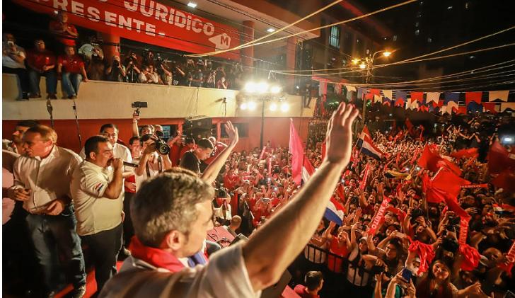 El conservador Mario Abdo Benítez es el nuevo presidente de Paraguay.
