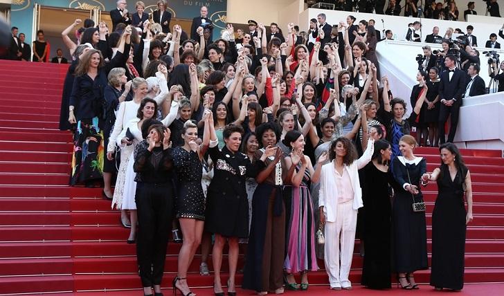 Cate Blanchett, Salma Hayek y Kristen Stewart encabezaron una marcha de mujeres en el Festival de Cannes