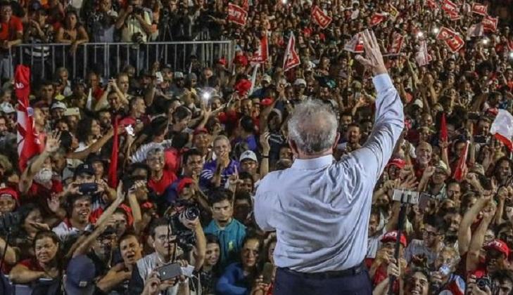 Lula se mantiene como favorito de cara a las elecciones de octubre. Foto: Ricardo Stuckert