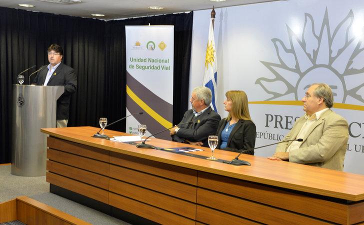 Representantes de ANTEL y UNASEV en la presentación del servicio / Foto: Antel