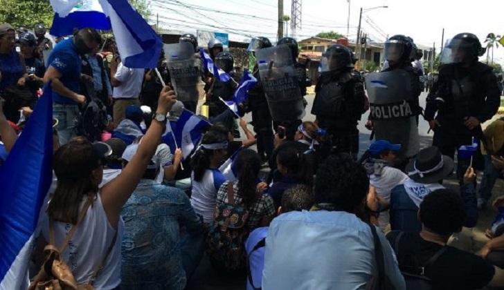 Advierten que autoridades buscan cerrar Caso Iguala por alternancia política