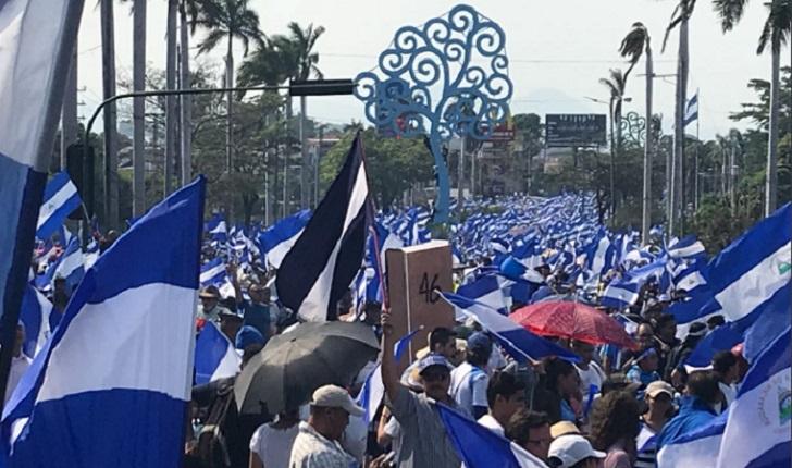 Multitudinaria marcha por justicia y democracia en Nicaragua.