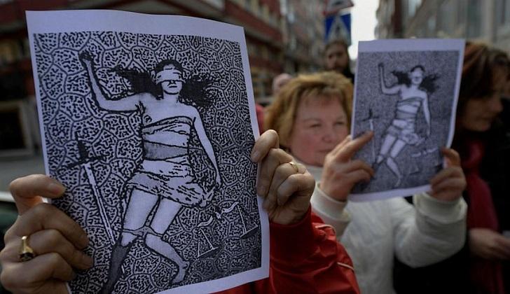 Suecia aprueba ley que reconoce el sexo sin consentimiento como violación