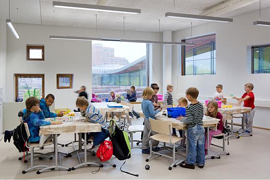 Saunalahti school in Espoo, Finlandia. Foto: Andreas Meichsner / Verstas architects