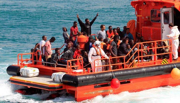 España rescata a casi 600 inmigrantes en aguas del Estrecho de Gibraltar y Canarias. Foto: EFE