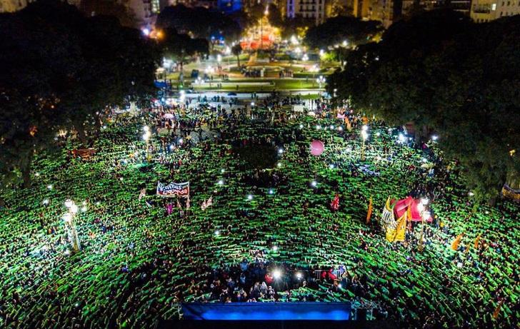 """La cuarta marcha del """"Ni Una Menos"""" fue multitudinaria y verde en Buenos Aires. Foto: Prensa Obrera"""