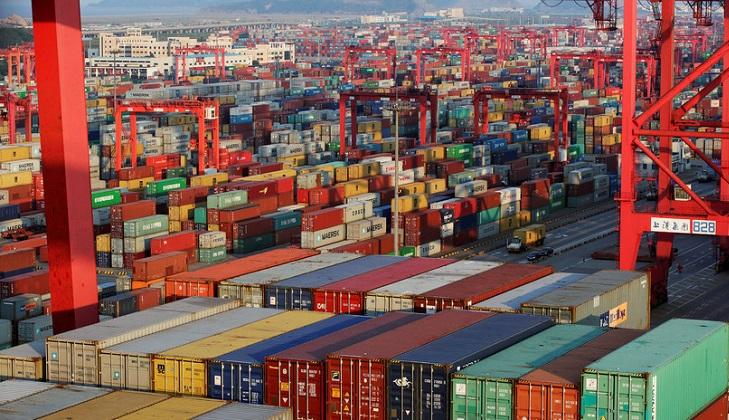 China insta a la comunidad internacional a proteger los principios del libre comercio .