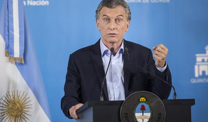"""Macri: Argentina enfrenta tormenta económica, pero que retomará la senda del """"crecimiento"""" en 2019"""