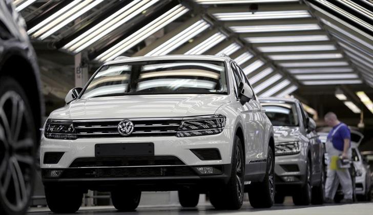 Europa advierte a EE.UU. sobre graves represalias si impone aranceles a autos.