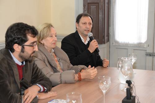 Andrés Aspiroz, director del MHN junto a la ministra María Julia Muñoz y Sergio Mautone