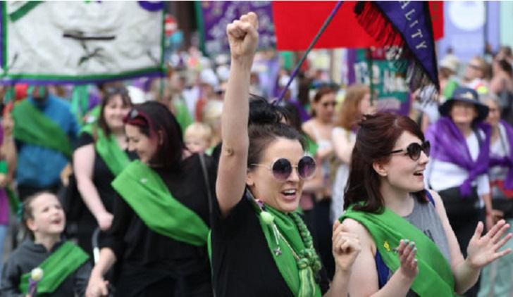 Irlanda va por eliminar el sexismo de la Constitución.