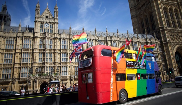 """Reino Unido prohibirá terapias de """"conversión"""" para homosexuales"""