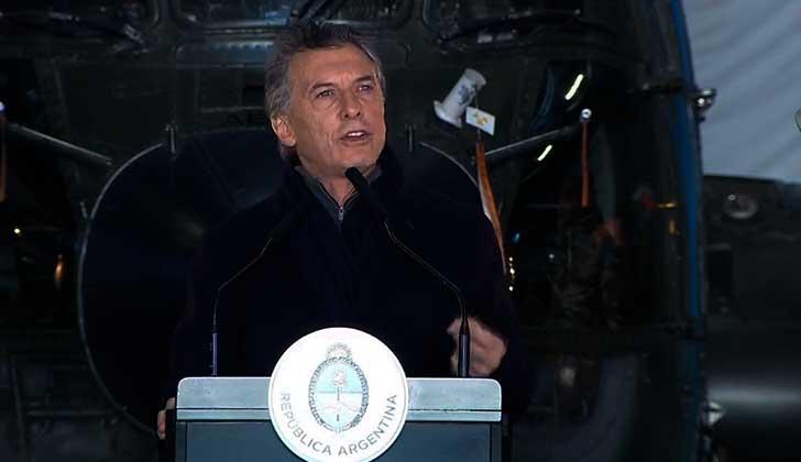 Macri anuncia una reforma de las Fuerzas Armadas argentinas
