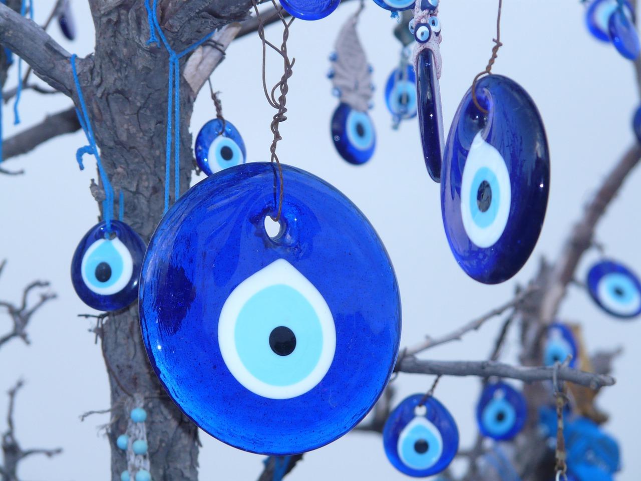 Amuleto Nazar o piedra contra el mal de ojo. Foto: Pixabay