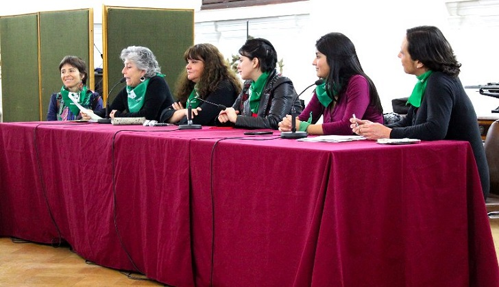 Chile inicia el camino hacia la despenalización del aborto en todas sus causales