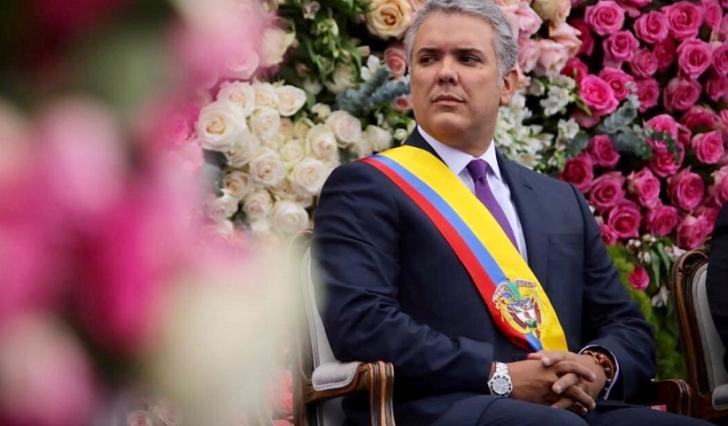 """Iván Duque asumió la Presidencia de Colombia y habló de """"correcciones"""" a los acuerdos de paz."""