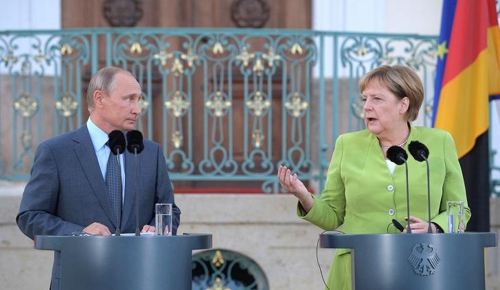 """Putin y Merkel piden """"no politizar el Nord Stream 2"""". Foto: Kremlin"""