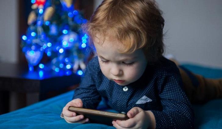 Dispositivos electrónicos afectan desarrollo de los niños. Foto: Pixabay