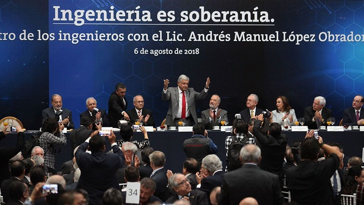 "AMLO: ""Nadie nos amenazará con construir un muro porque vamos a crecer en México"""