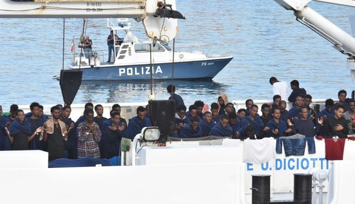 Gobierno italiano enfrenta crecientes presiones por desembarco de migrantes