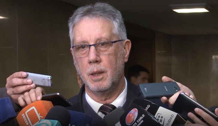 Subsecretario del Interior, Jorge Vázquez, en el Parlamento.