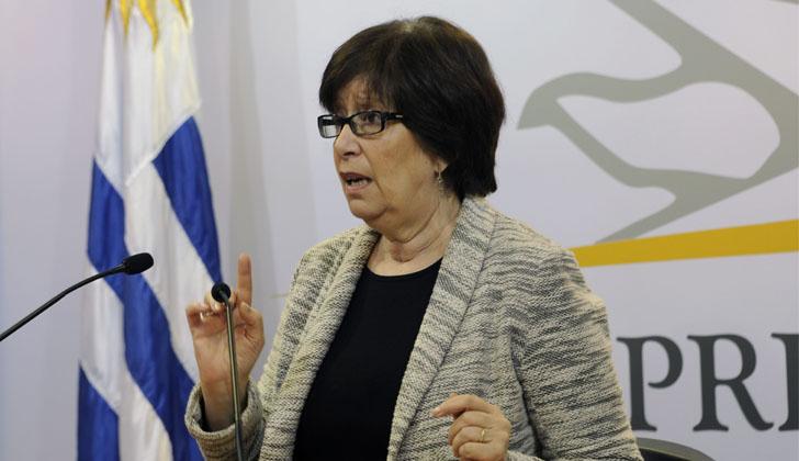 Ministra Arismendi, tras el Consejo de Ministros.