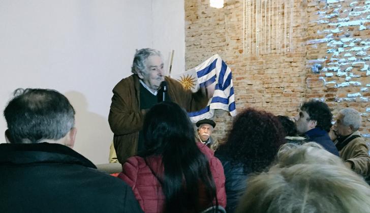 """Mujica: """"Un delincuente no es otra cosa que un burgués apresurado"""".  Foto: @MPPCanelones"""