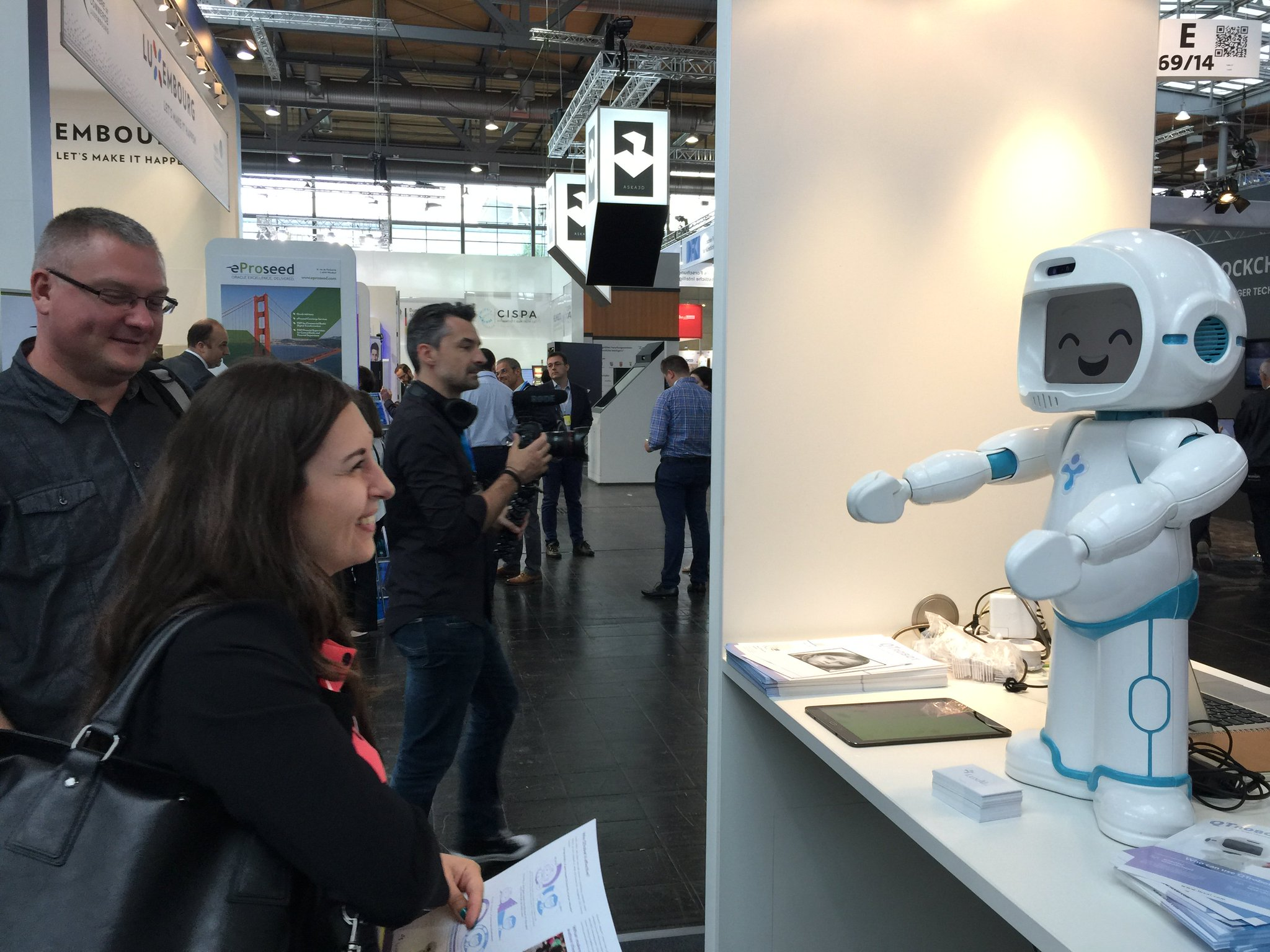 qt robot (2)