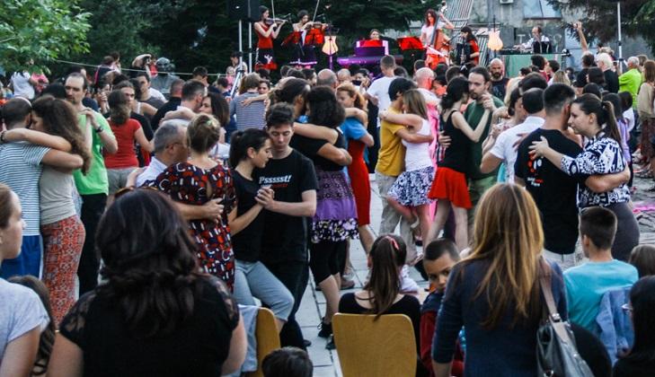 El Woodstock del tango en las montañas de Montenegro