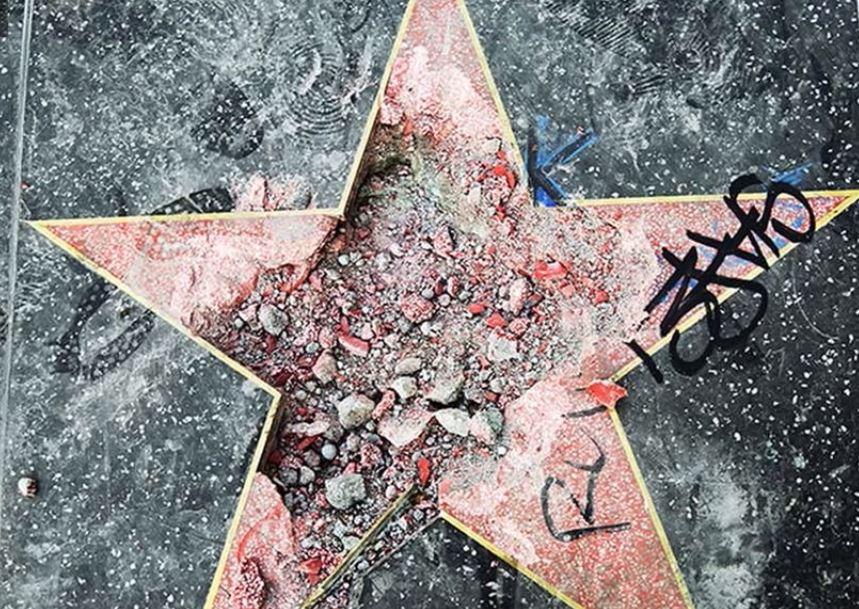 La estrella de Trump ha sido vandalizada en varias ocasiones. Foto: ABC7