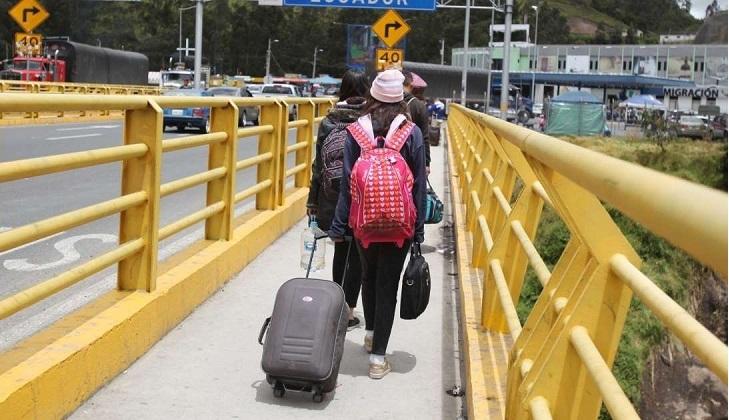 Ecuador y Perú ponen barreras legales a los inmigrantes venezonalos