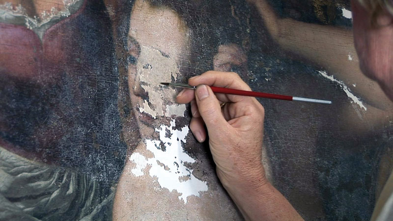 Restoring-Batheba-s-face-in-a-painting-by-Artemisia-Gentileschi