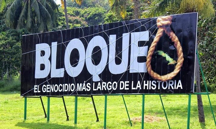 EE.UU. extiende un año más restricciones comerciales a Cuba.