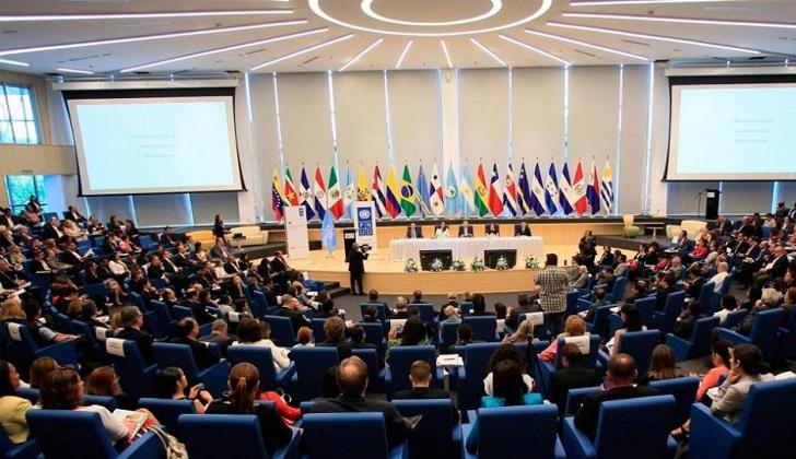 """Parlamentarios de izquierda de la EUROLAT rechazan """"persecución"""" contra Lula, CFK y Correa"""